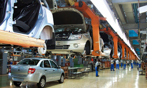 «АвтоВАЗ» поднял цены на автомобили