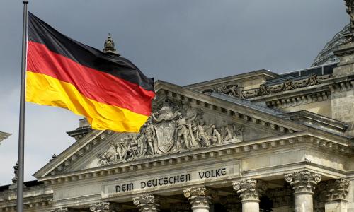 В Германии призвали немедленно снять санкции против России
