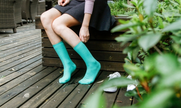 Врач назвала холодные ноги симптомом ряда опасных заболеваний
